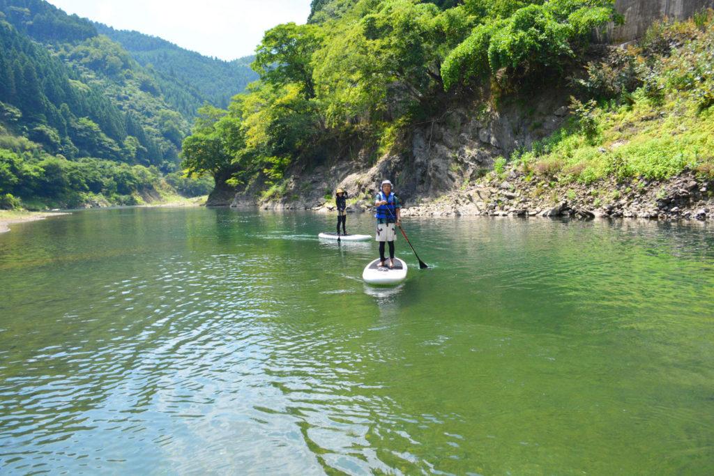 上流に行くほど、透明度抜群のキレイな水質に!