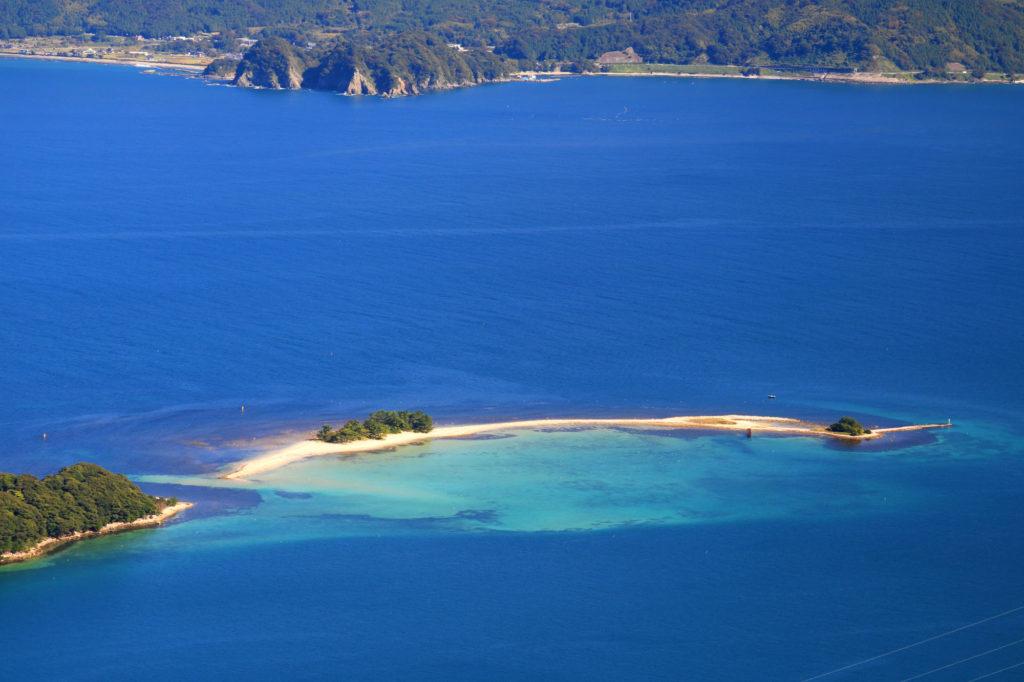 目指すは北陸のハワイと呼ばれる美しい無人島 水島 Photo by Alpsdake
